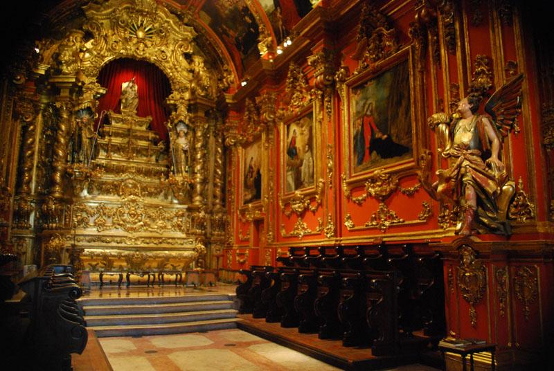 O interior da Igreja do Mosteiro (foto do site)