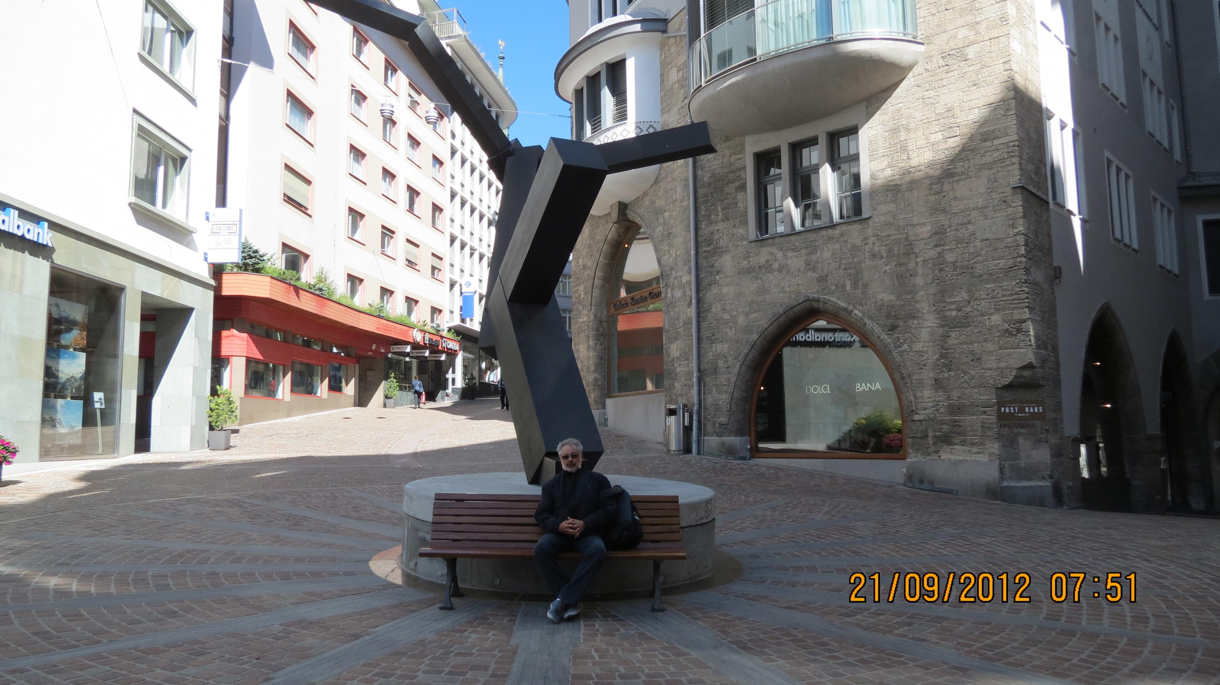 Rua no Distrito St. Moritz-Dorf